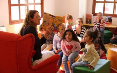 Kay Woodward hosts book signing at Maktaba